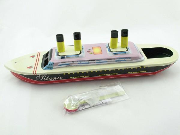 Blechspielzeug - Kerzenboot, Pop Pop Boat, Dampfboot TITANIC