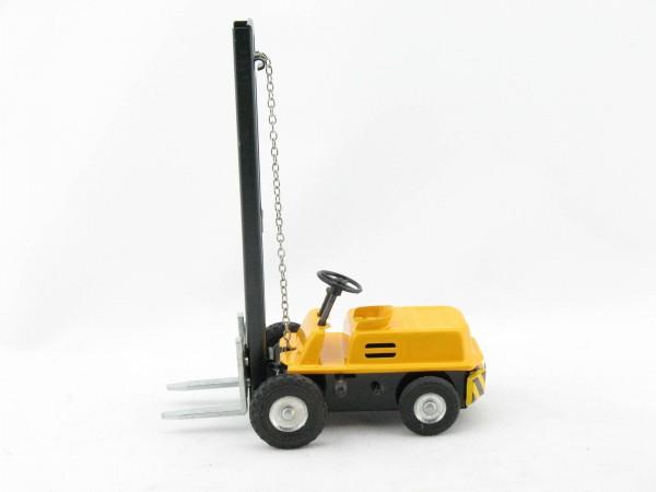 Gabelstapler, gelb von KOVAP - Blechspielzeug