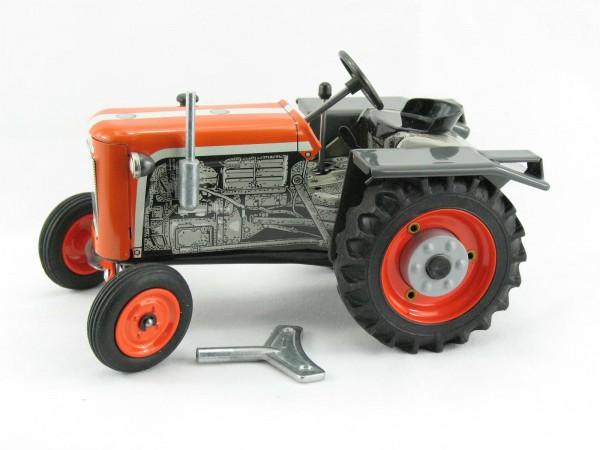 Traktor Kubota T15 orange, KOVAP-Neuheit 2019 – Blechspielzeug