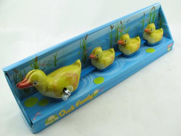 Blechspielzeug - Entenfamilie