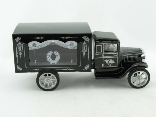 Hawkeye LKW Leichenwagen mit Holzsarg von KOVAP - Blechspielzeug
